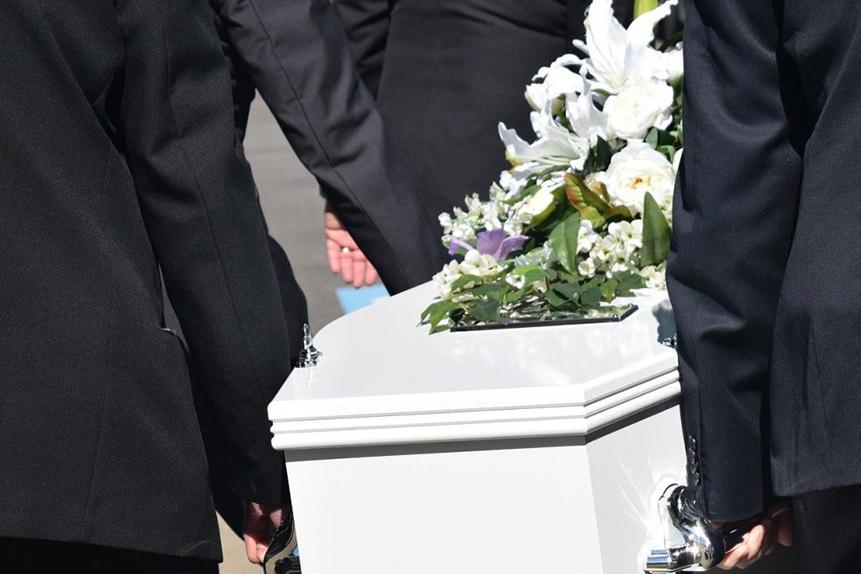 Funeral Etiquette Guide